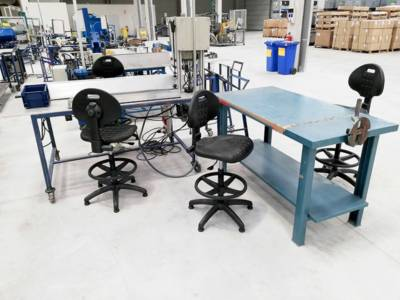 Sillas-industriales-y-laboratorio-en-sitback Espacios